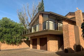 4 Bedroom House for sale in Paarl Central West - Paarl
