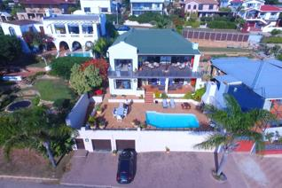 5 Bedroom House for sale in De Bakke - Mossel Bay