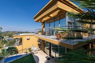 2 Bedroom Townhouse on auction in Glenvista - Johannesburg