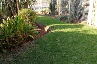3 Bedroom Townhouse for sale in Florida - Roodepoort
