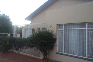 Garden,kitchen,diningroom,space for office or spens