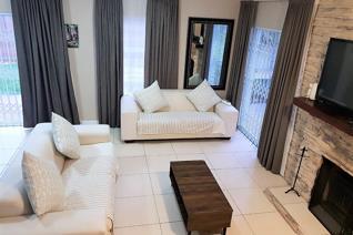 4 Bedroom House for sale in Royal Ascot - Milnerton