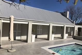 2 Bedroom House to rent in Franschhoek - Franschhoek