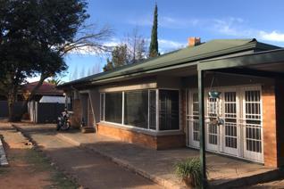 3 Bedroom House to rent in Dan Pienaar - Bloemfontein