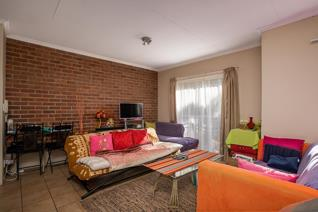 2 Bedroom Apartment / flat for sale in Houghton Estate - Johannesburg