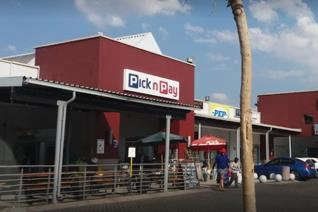 Commercial property to rent in The Reeds - Centurion