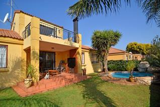 3 Bedroom House for sale in Barbeque Downs - Midrand