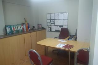 Commercial property. Ideal rental space for medical doctors, a salon or barber shop. ...