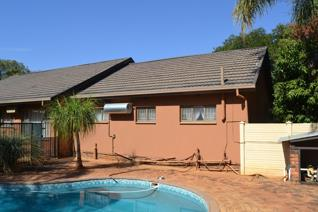 4 Bedroom House for sale in Lephalale - Lephalale