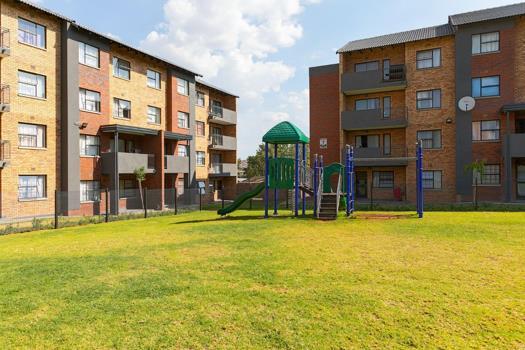 2 Bedroom Apartment / Flat to rent in Heuweloord