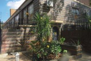 3 Bedroom Townhouse for sale in Sunnyside - Pretoria