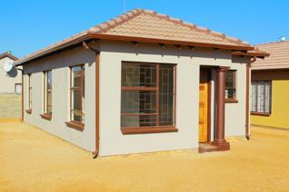 new houses in Soshanguve Thorntree View