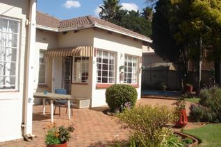 3 Bedroom House for sale in Sydenham - Johannesburg