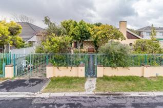 3 Bedroom House for sale in Claremont - Cape Town