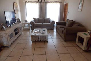 3 Bedroom Townhouse to rent in Heidelberg Central - Heidelberg