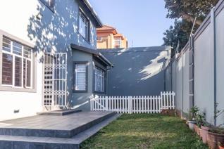 2 Bedroom House to rent in Glenwood - Durban