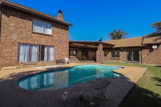4 Bedroom House for sale in Edenvale Central - Edenvale