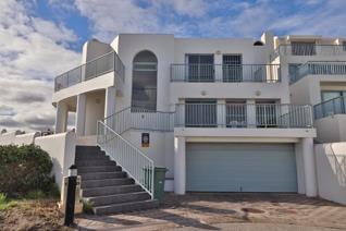 5 Bedroom House for sale in Paradise Beach - Langebaan