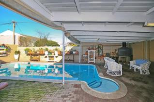 4 Bedroom House for sale in Crawford - Cape Town