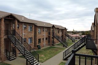 2 Bedroom Apartment / flat for sale in Pellissier - Bloemfontein