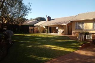 3 Bedroom House for sale in Dania Park - Germiston