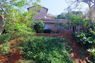 4 Bedroom House for sale in Doonside - Amanzimtoti