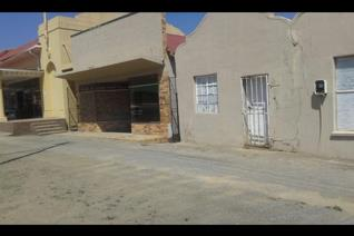 Business building to rent in ventersburg. 1 spacious room with  counter. 1 small room with wash basin  outside toilet Ideal to start ...
