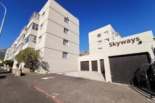2 Bedroom Apartment / flat to rent in Zonnebloem - Cape Town