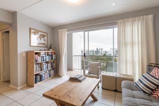 2 Bedroom Apartment / flat for sale in Burgundy Estate - Milnerton