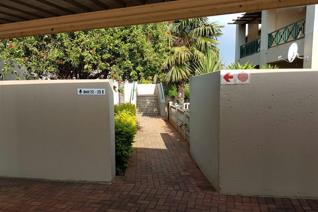 2 Bedroom Apartment / flat for sale in Little Falls - Roodepoort
