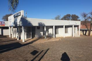 Brand new and modern office space available in Mulbarton.  These buildings has so much potential for varies businesses. The office is ...