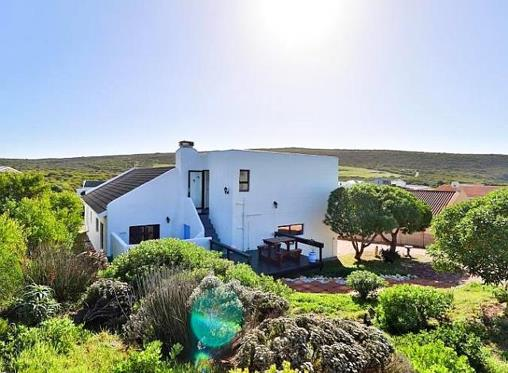 7 getaway homes in Western Cape's Overberg area under R2.4m