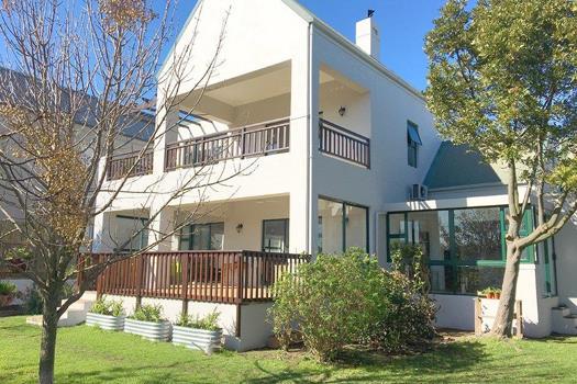 4 Bedroom House for sale in De Wijnlanden Residential Estate