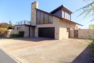 Guide price r 3 500 000 to r 4 000 000  lifestyle on sought after arabella golf ...