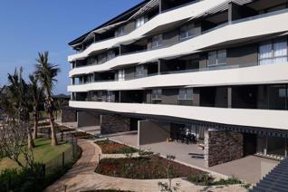 Spectacular 1st floor apartment in the brand new development Pebble Beach. Offering 2 ...