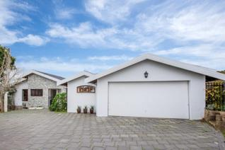 Stunning, entertainers dream home with spacious living areas and manicured garden. ...
