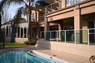 This large home is situated in the upmarket estate Bankenveld.  Built on a stand of over 1000m² this home has so much to offer.  ...