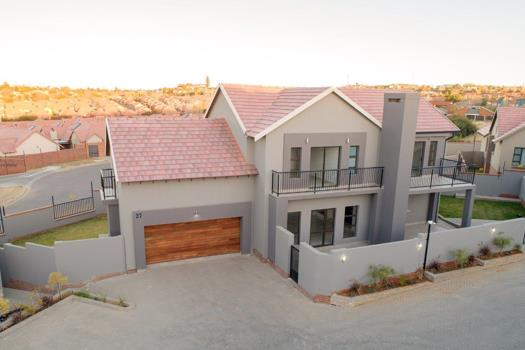 4 Bedroom Townhouse for sale in Wild Olive Estate