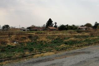 Vacant Land in Lichtenburg.         1663 square meters.   Call Willie now to arrange your private viewing now!