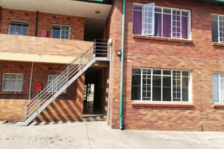 1 BEDROOM 1 BATHROOM  This flat offers 1 bedroom, 1 bathroom, open plan lounge/kitchen area.  Kindly contact our offices to schedule a ...