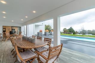 Crème de la crème of designer homes in Stellenbosch. This brand-new home is ...