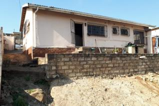 Beautiful bedrooms, spacious lounge, bathrooms, an open space yard plus a granny flat... call in today to view.