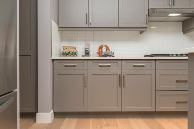 How To Change Up Your Kitchen S Look With New Cabinet Handles Building Renovation Lifestyle