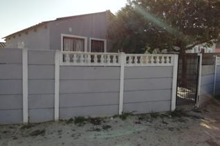 Icon property group has just found this beautiful property, located in Roosendal Delft. The property gives easy and simple access to ...