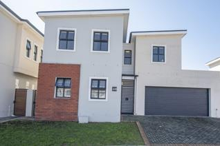 This low maintenance home is inside one of the neatest and most sought after security ...