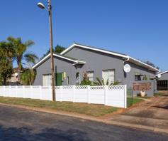 House for sale in Bothasrus