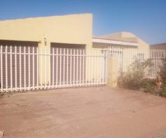 House for sale in Tsakane Central
