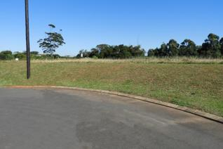 COMMERCIAL LAND FOR SALE  This commercial land is located across the N2 highway from the retail hub of Ballito.  The position offers ...