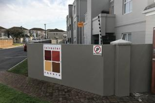 Exclusive Sole Mandate  This apartment is 1km away from the newly planned Durbanville ...