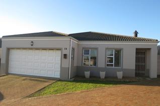 You will feel proud owning this immaculate home for sale in Sonstraal Heights ...